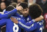 """Chelsea bắn hạ """"thiên nga đen"""", M.U thắng nhọc QPR"""