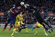 Neymar sút hỏng phạt đền, Barcelona vẫn hạ Villarreal