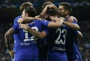 Real Madrid vào tứ kết sau trận thua sốc, Ancelotti xin lỗi CĐV