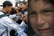 Ronaldo lại khiến fan nhí bật khóc