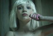 """Hiện tượng """"Chandelier"""" của Sia!"""