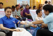 Hơn 700 CNVC-LĐ tham gia hiến máu