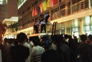 Một người nuôi bệnh nhảy lầu BV Chợ Rẫy tự tử