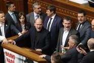 Thủ tướng Ukraine đối mặt sức ép từ chức