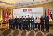 """Trung Quốc """"sốc"""" vì bị chỉ trích """"chia rẽ ASEAN"""""""