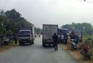 Xe tải bất ngờ mất lái tông chết cụ ông đi xe máy