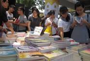 Người Sài Gòn mê sách