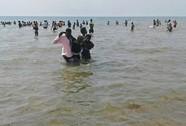 Uganda: Thuyền chở đội bóng bị lật, 30 người chết