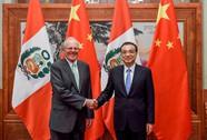 """Trung Quốc """"hứng gáo nước lạnh"""" từ Peru"""