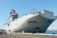 Tàu đổ bộ Hải quân Pháp đến Cam Ranh