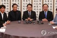 Tổng thống Hàn Quốc quyết giữ ghế