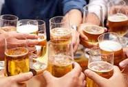 Mời bia không chịu uống còn đâm người