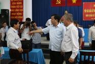 Bí thư Đinh La Thăng nhận lỗi với người dân Hóc Môn