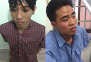 Hai thiếu niên đạp phụ nữ ngã xe, cướp của