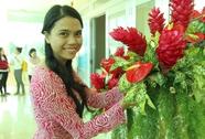 """Ngắm """"hoa"""" khéo tay của Yến sào Khánh Hòa"""