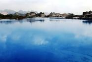 Đổ xô đến hồ nước xanh ngắt ở Hải Phòng