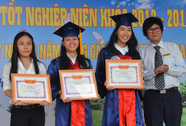 Trao bằng tốt nghiệp cho 1.002 tân kỹ sư, cử nhân