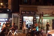 Vào quán cắt tóc, nam thanh niên bị 3 người truy sát