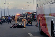Người đàn ông bị xe khách cán chết trên đường Võ Văn Kiệt