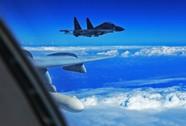 Chiến đấu cơ Trung Quốc chạm trán máy bay Mỹ ở biển Hoa Đông