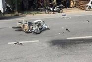 2 xe máy va chạm, 3 người ngã ra bị ô tô cán chết