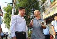 Quận Bình Tân cắt hàng rào cửa hàng Thế Giới Di Động chiếm vỉa hè