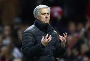 """Báo chí Anh khen Mourinho thắng kiểu """"Jose Time"""""""