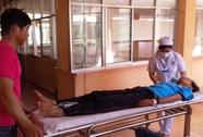 Xe chở học sinh tông xe tải, 18 người thương vong