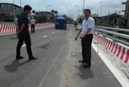 Cầu vượt dự án 1.310 tỉ đồng chưa khánh thành đã nứt do... thời tiết