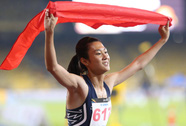 """SEA Games ngày 23-8: Cú đúp """"vàng"""" của Lê Tú Chinh"""