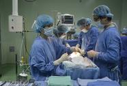 Bệnh viện công dễ mất bác sĩ giỏi