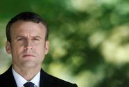 """Cựu nữ sĩ đấu bò vào """"đội"""" của ông Macron"""
