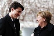 """Đến lượt bà Merkel bị Thủ tướng Canada """"hớp hồn"""""""