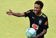 Neymar và đồng đội chờ đối đầu Uruguay
