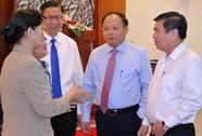 Dương Quang Đông: Người đặc biệt