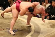 Xem pha hạ knock-out nhanh nhất lịch sử võ sumo