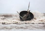Đôi vợ chồng già buôn bán tự do tử nạn trên biển