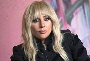 Lady Gaga vật lộn với tình trạng sức khỏe mỗi ngày