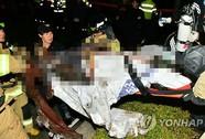 Nhà sư tự thiêu phản đối tổng thống Hàn Quốc