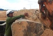 Tuột dây cáp, ống bê tông nặng hơn 1 tấn đè chết công nhân