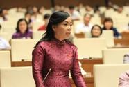"""Bộ trưởng Nguyễn Thị Kim Tiến """"đăng đàn"""" trả lời chất vấn"""