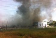 Cháy lớn trong 3 giờ, kho phế liệu thiệt hại hàng tỉ đồng