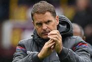 HLV Frank de Boer bị sa thải sau 4 vòng đấu