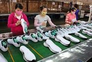 Tích cực chăm lo cho lao động nữ