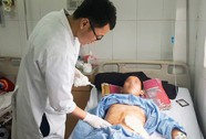 Cứu sống bệnh nhân bị 9 viên đạn bắn găm vào người