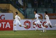 2 tài năng trẻ U20 tỏa sáng ngày khai mạc V-League
