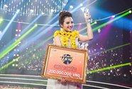 """Phương Trinh Jolie đăng quang """"Hãy nghe tôi hát"""" 2017"""