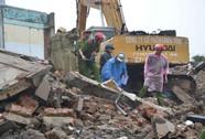 Tháo dỡ tòa nhà, 2 người tử vong ở Đà Nẵng