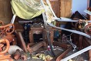 """Một gia đình nghi bị """"đánh bom"""" khi đang ngủ"""