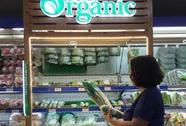 """Rau hữu cơ """"tràn"""" vào siêu thị, giá đến 60.000 đồng/kg"""